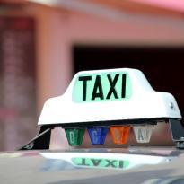 Panneau de toit taxi